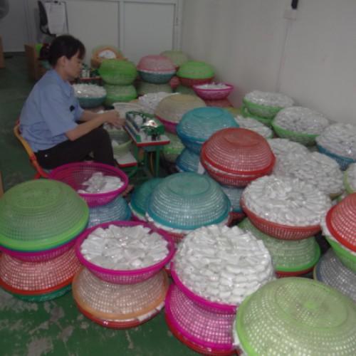 Plastiklöffel ohne Ende